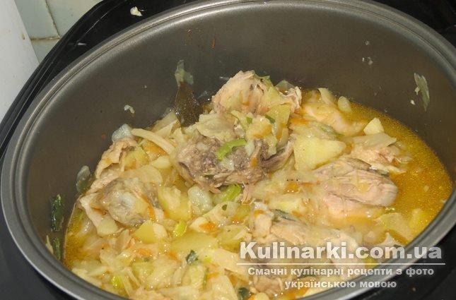 как потушить капусту с курицей и картошкой в казане